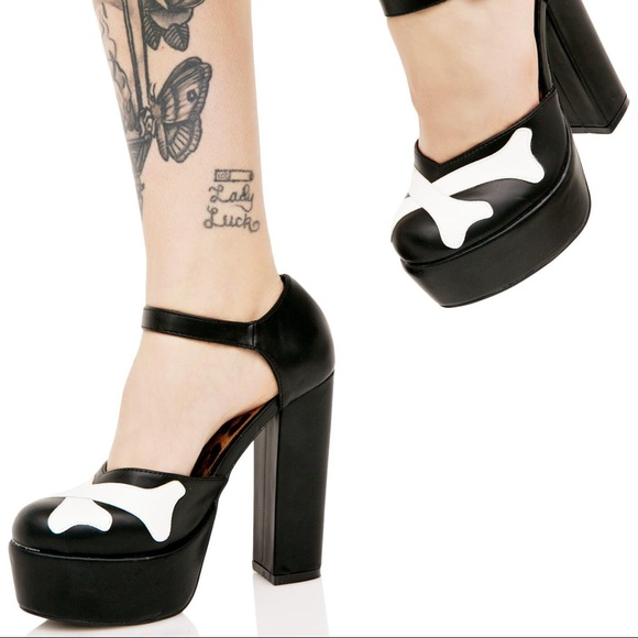 93bd32df95683 Iron Fist Hey You Guys Black and White Platforms